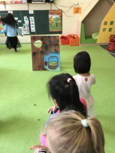 CDCE9A50-4080-4B87-8BEF-72832DF7EA68-225x300 Týden s pohádkou - projekt celé Česko čte dětem