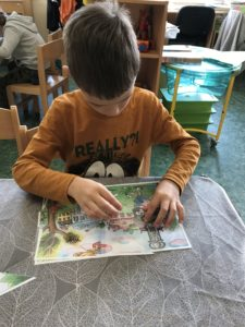 E316083B-1543-4121-A828-84AFB0A4A4F3-225x300 Týden s pohádkou - projekt celé Česko čte dětem